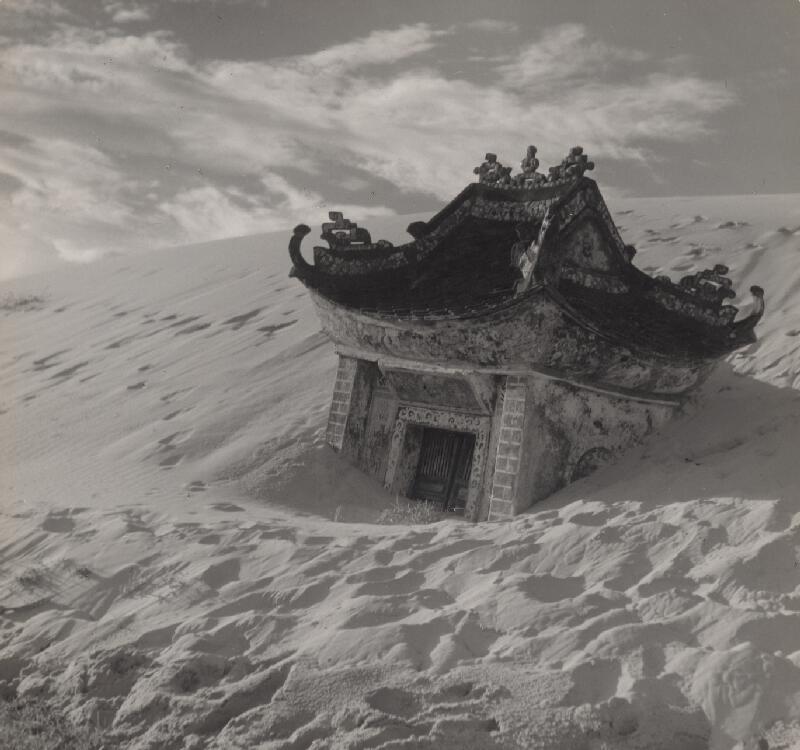 Ján Cifra - Vietnam. Pieskové duny