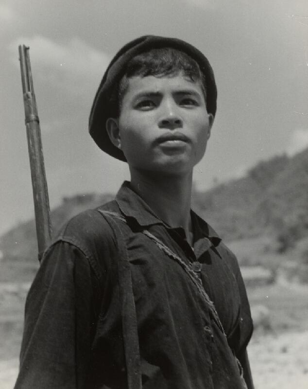 Ján Cifra - Vietnam - portréty. Mladý lovec