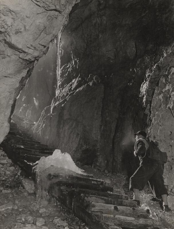 Ján Halaša – Demänovská ľadová jaskyňa. Po výskume