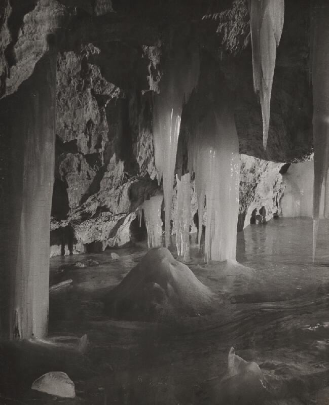 Ján Halaša – Demänovská ľadová jaskyňa