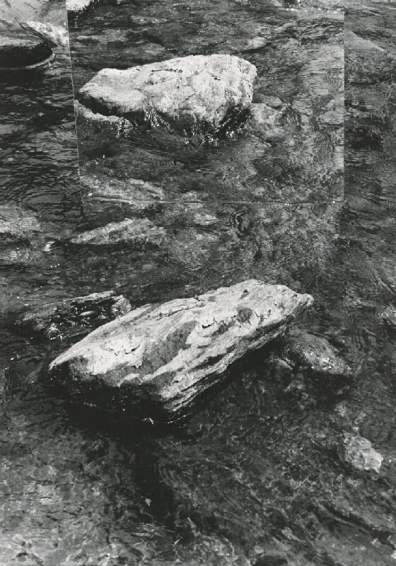 Alexandr Skalický – Kamene a voda III.
