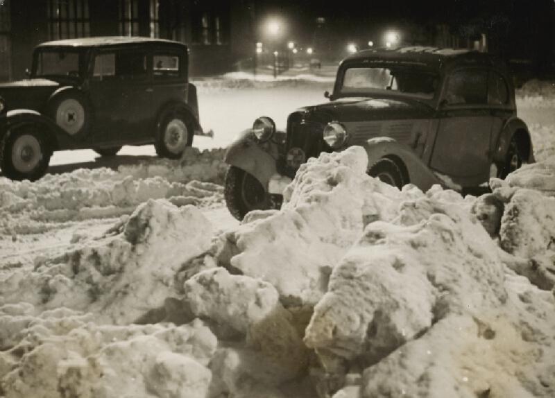 Miloš Dohnány - Bez názvu (Autá v snehu)