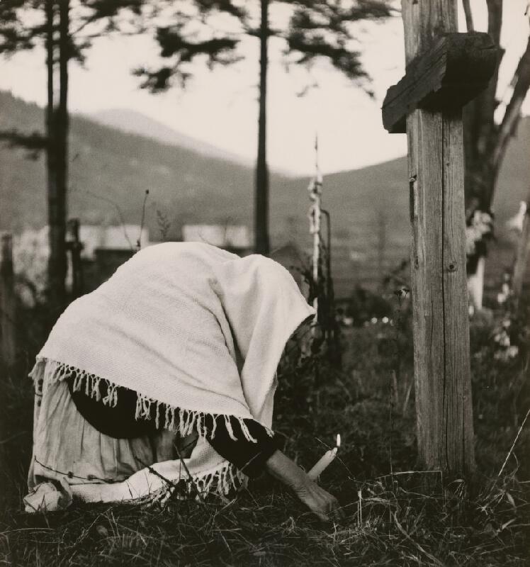 Igor Grossmann - Nad hrobom. Čičmany