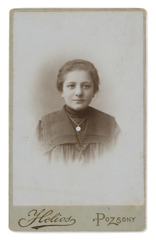 Ateliér Helios (Bratislava) - Staroteta Elza (Alžbeta)