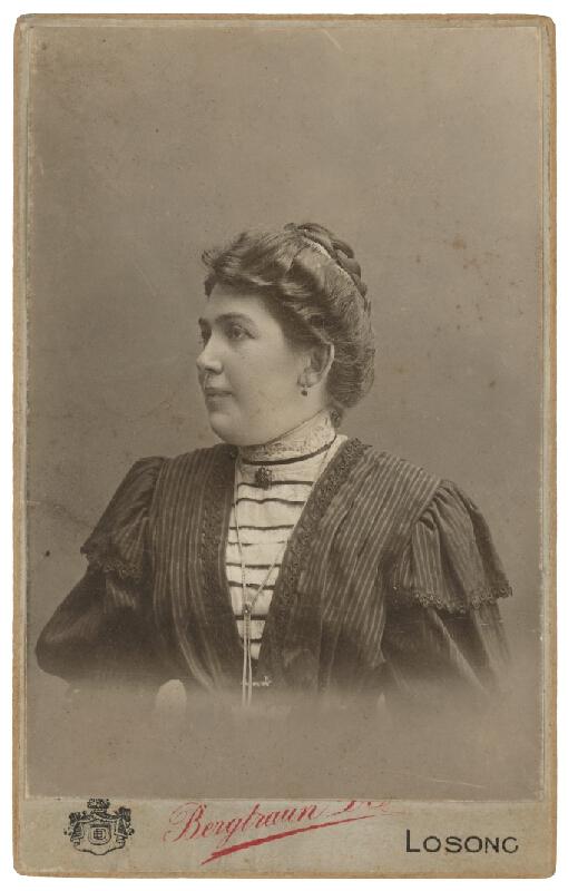 D. Bergtraun - Portrét ženy
