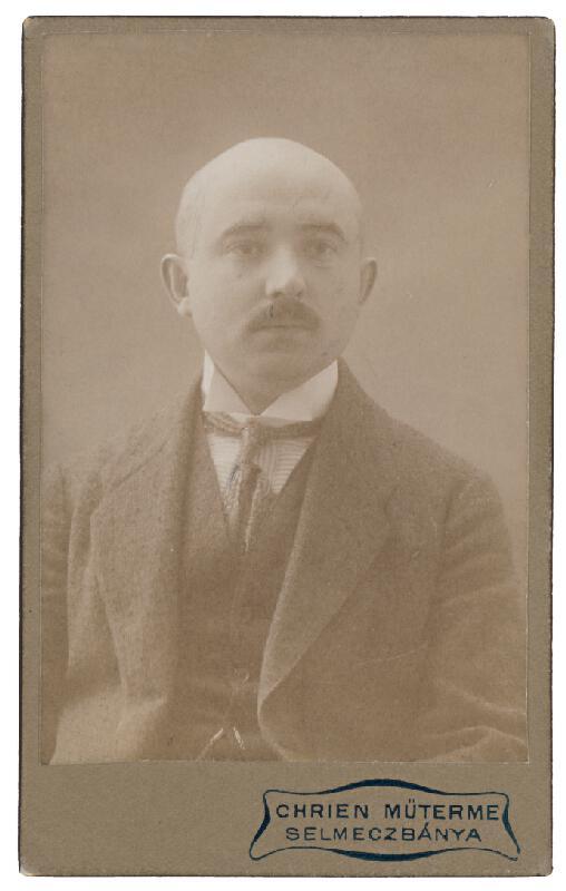 Július Chrien - Portrét muža
