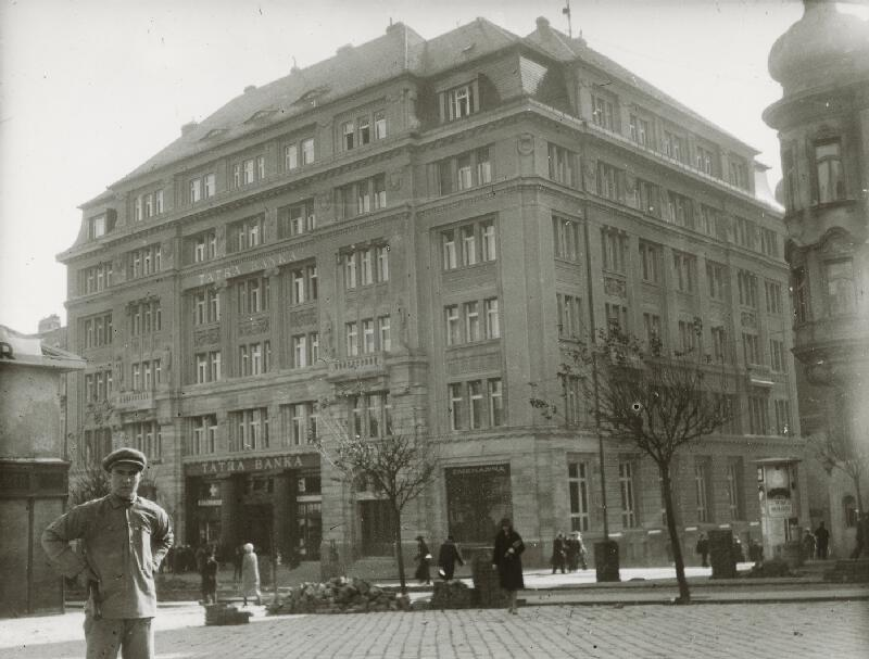 Milan Michal Harminc - Tatra banka v Bratislave.