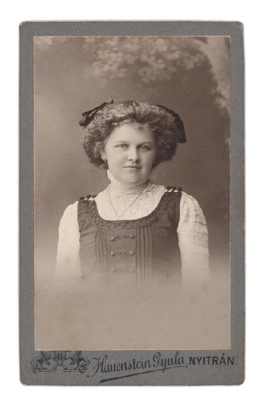 Gyula Hauenstein – Portrét mladej ženy
